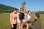 Puchar Dyrektora ZSP dla Ani Toczek za zwycięstwo w biegu na 800m